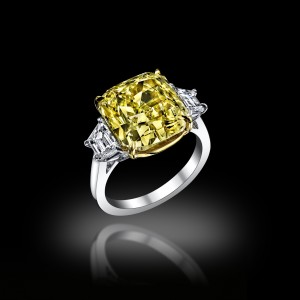 Canari Solitaire Ring