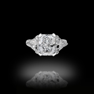 4 Carats Radiant And 2 Troidia Engagement Ring