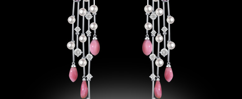 Conches 11+ Carats Earrings